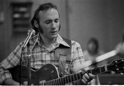 Stephen Stills rehearsing with his band Mannassas at his home in UK 1972